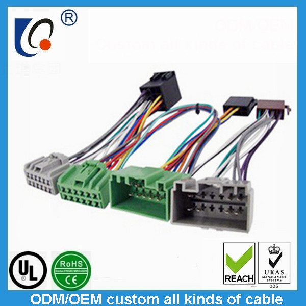 Custom auto signal wiring harness